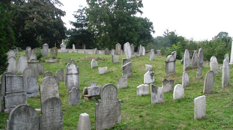 Zidovsky hrbitov v osoblaze